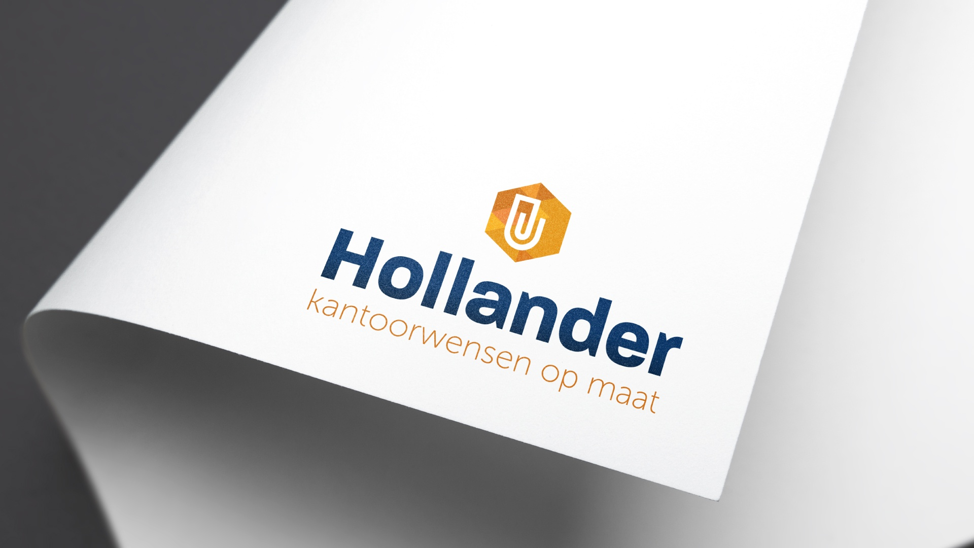 Hollander-Mock-up-item-3